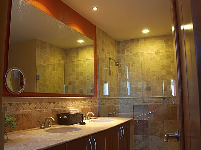 Master Suite Walkin Shower