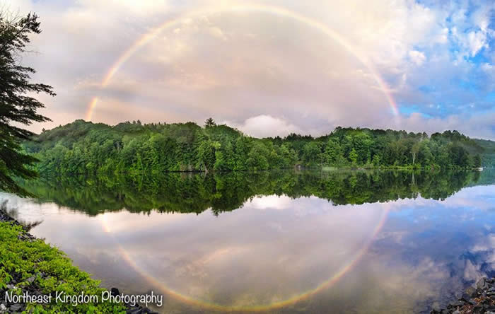 http://twistedsifter.com/2013/08/the-full-circle-rainbow/