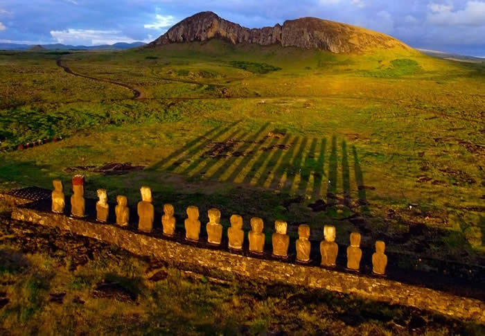http://twistedsifter.com/2013/01/sunrise-at-easter-island-aerial-kite-photography/